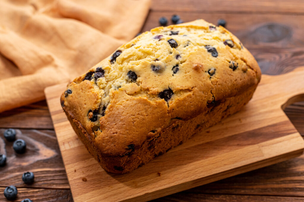 using no yeast, this blueberry bread comes together with only a few simple ingredients