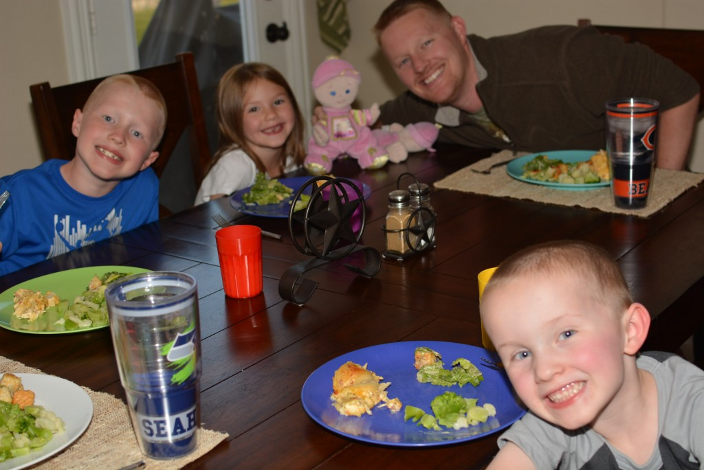 Happy faces enjoying their dinner!!