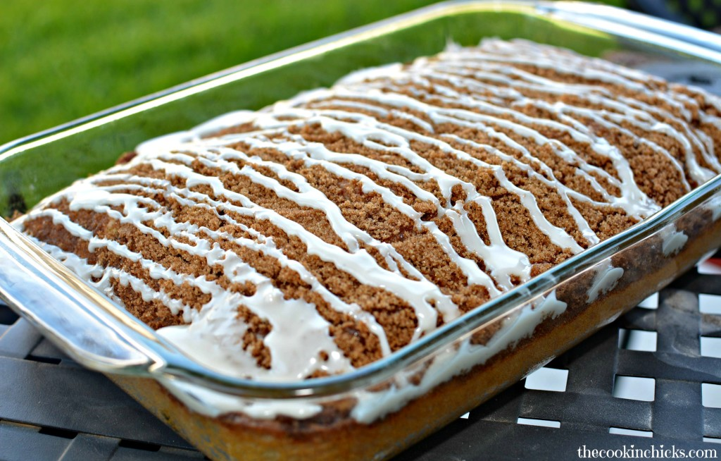 Cinnamon Roll Easy Coffee Cake