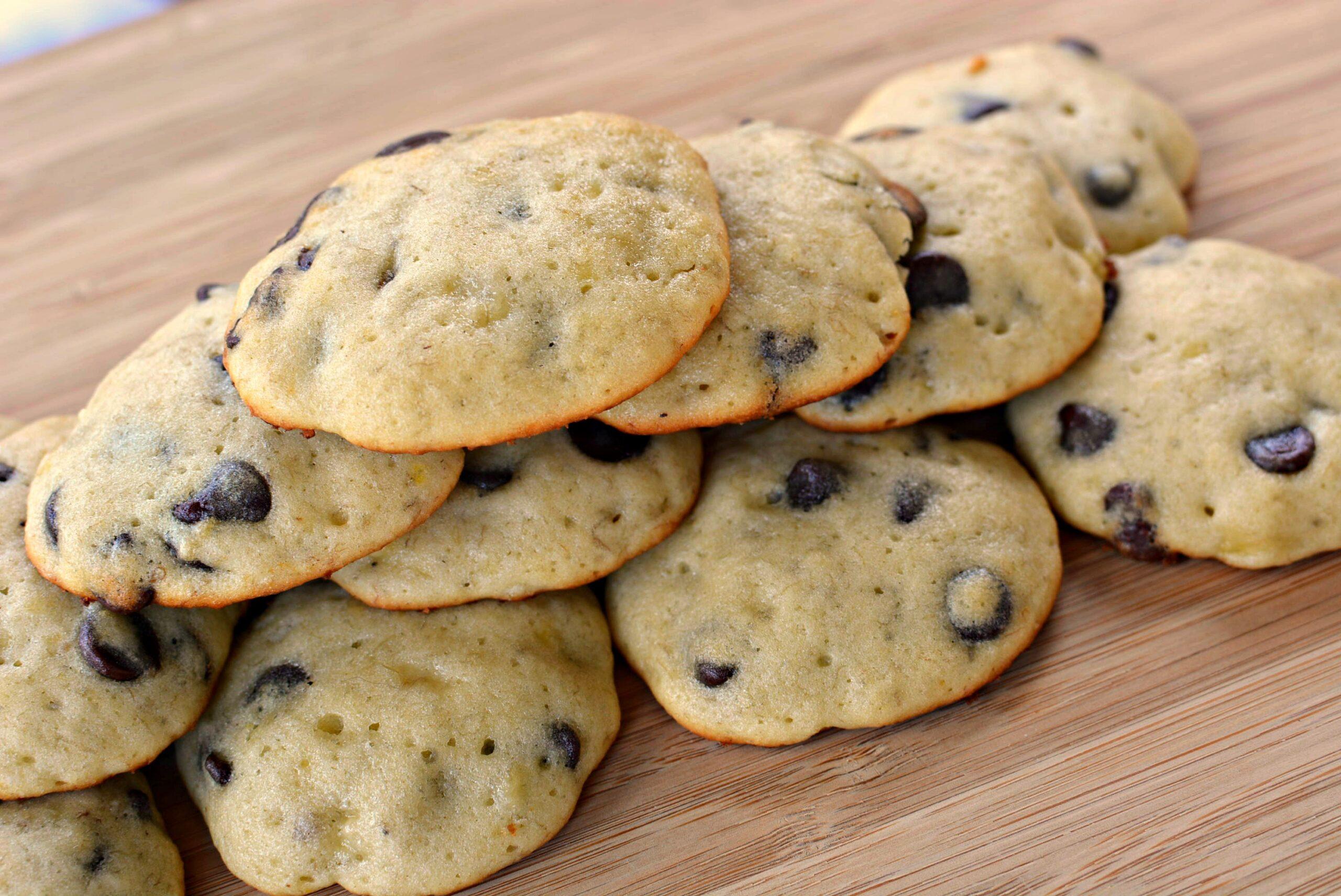 Banana Chocolate Chip Cookies | The Cookin Chicks