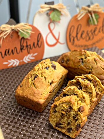 moist, flavorful pumpkin banana bread with chocolate chips