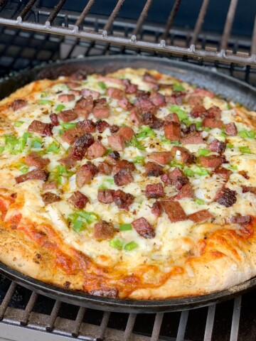 fluffy, flavorful pizza crust made easily from home